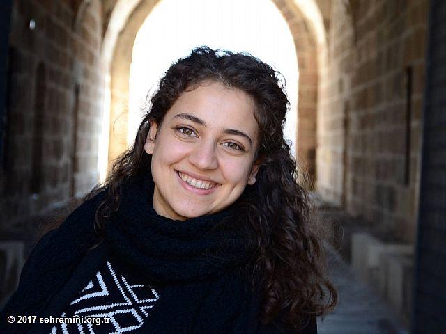 Çapa Tıp Fakültesi son sınıf öğrencisi olan Büşra Şahin, tıp fakültesinde öğrenci olmak  konusundaki deneyimlerini öğrencilerimizle paylaşacak